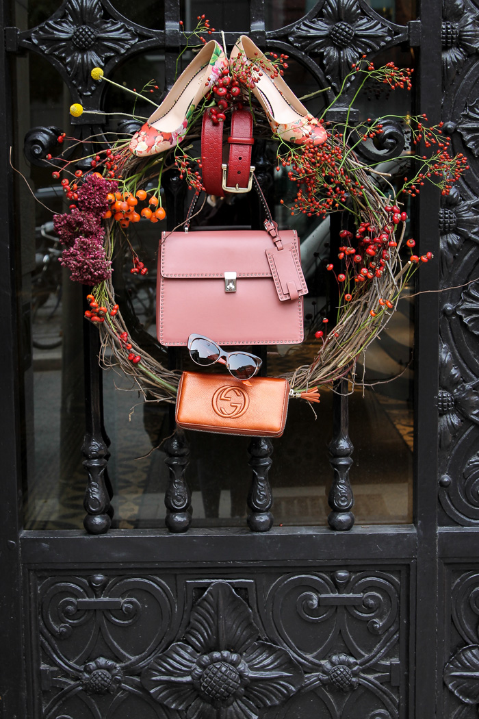 This is the season - Accessoire Special Valentino